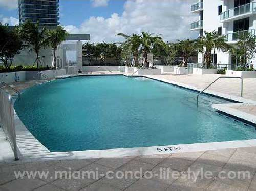 1060 Brickell Avenue Swimming Pool
