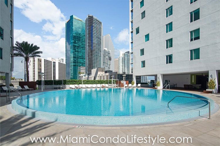 500 Brickell Pool