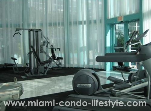 6000 Indian Creek Gimnasio