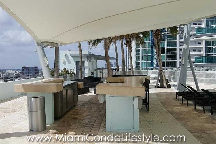 900 Biscayne Bay Pool
