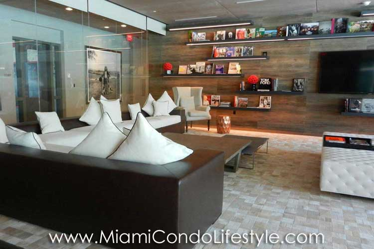 Bond Brickell Clubroom