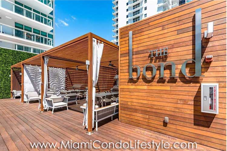Bond Brickell Deck