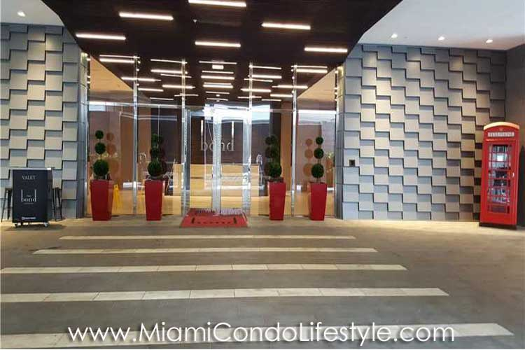 Bond Brickell Entry