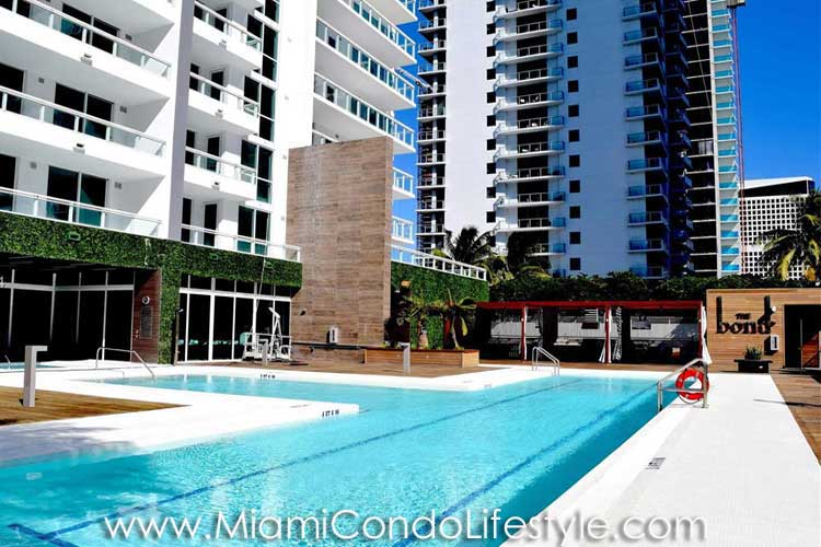 Bond Brickell Pool