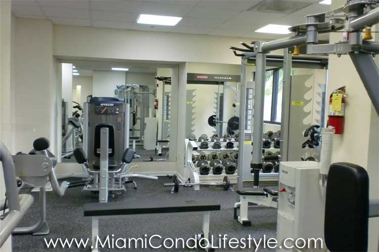 Brickell Bay Club Gimnasio
