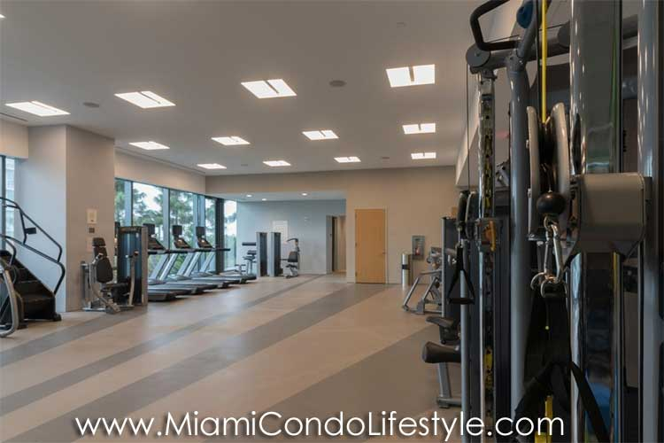 RISE Brickell City Center Gimnasio