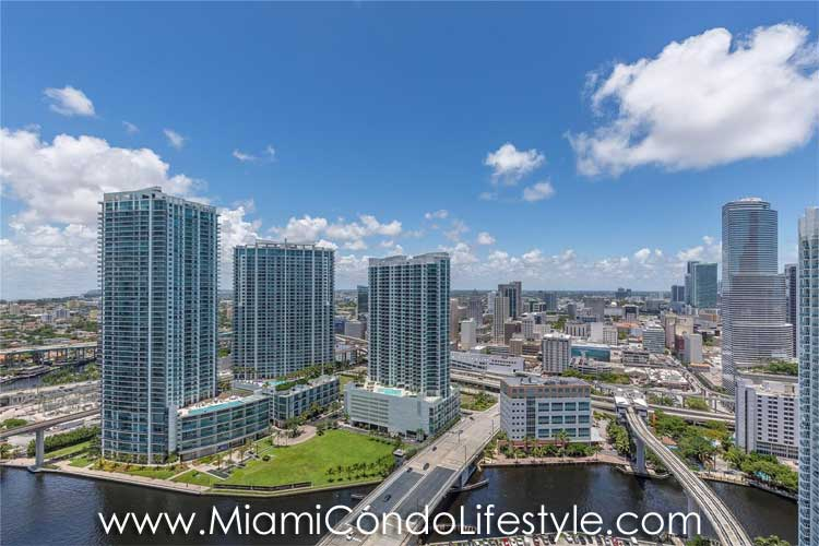 RISE Brickell City Center View