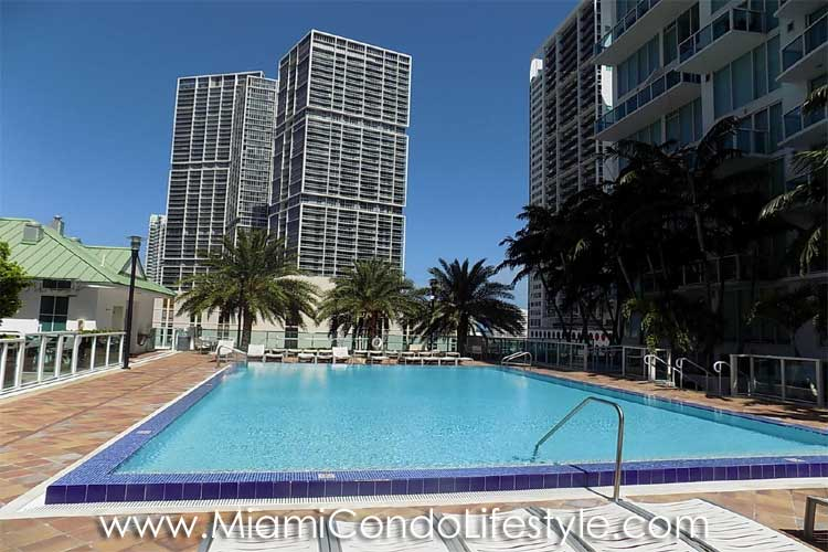 Brickell on the River North Pool