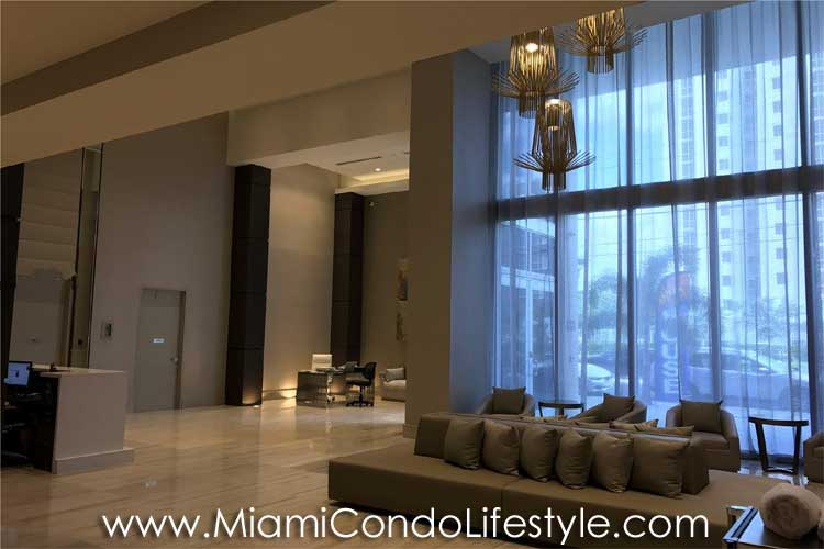 Brickell Ten Vestíbulo
