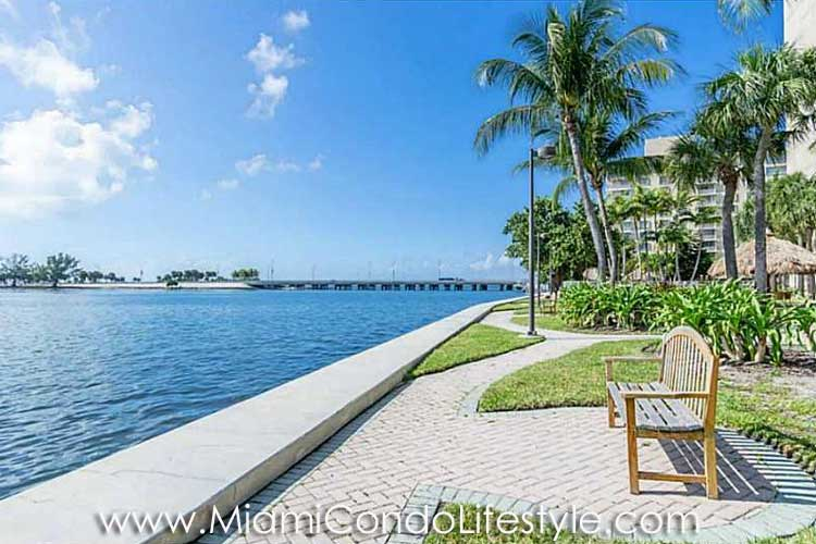 Brickell Townhouse Bayfront