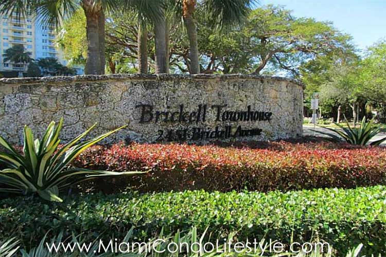 Brickell Townhouse Entrada