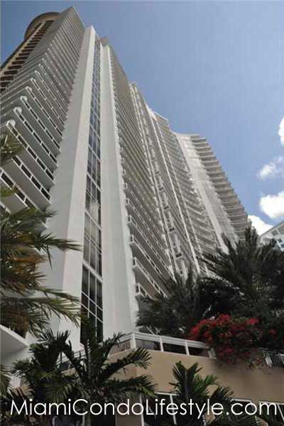 Carbonell, 901 Brickell Key Drive, Miami, Florida, 33131