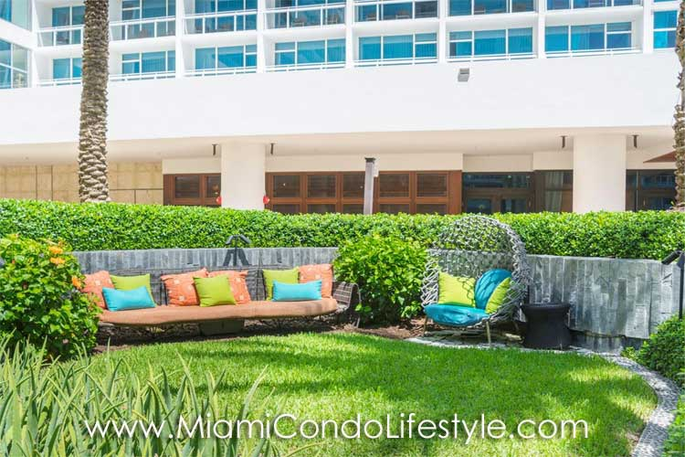 Carillon Miami Beach Jardin