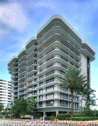 Champlain Towers North, 8877 Collins Avenue, Surfside, Florida,  33154