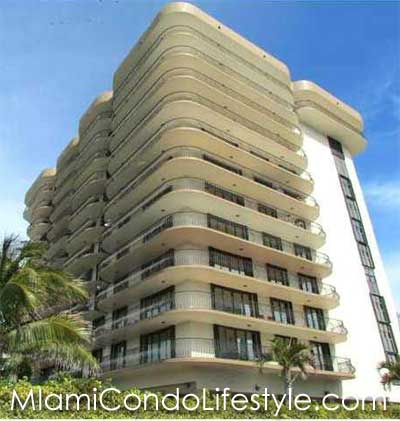 Champlain Towers South, 8777 Collins Avenue, Surfside, Florida,  33154