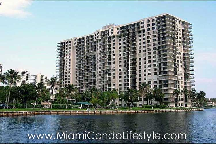Biscayne Cove Main