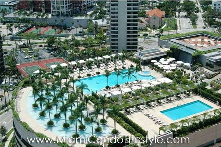 Four Seasons Brickell Deck
