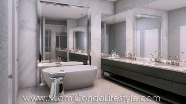 Giralda Place Bathroom