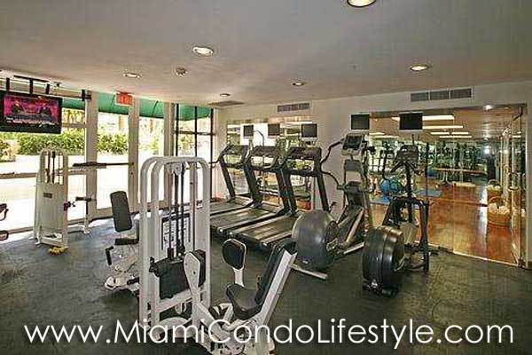 Grand Bay Tower Gimnasio