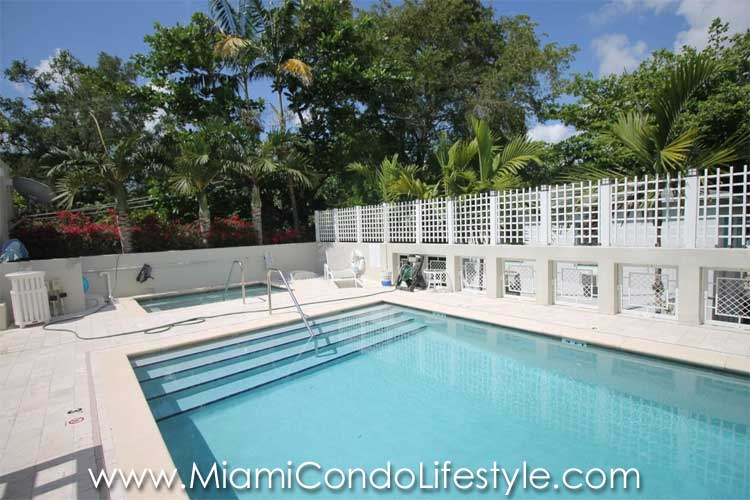 Grove garden condos for sale 3540 main hwy coconut grove for Garden grove pool