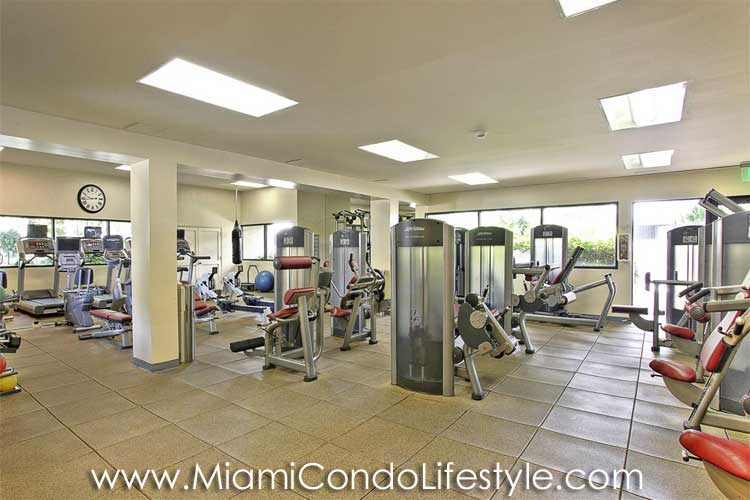 Key Colony III Emerald Bay Fitness Center