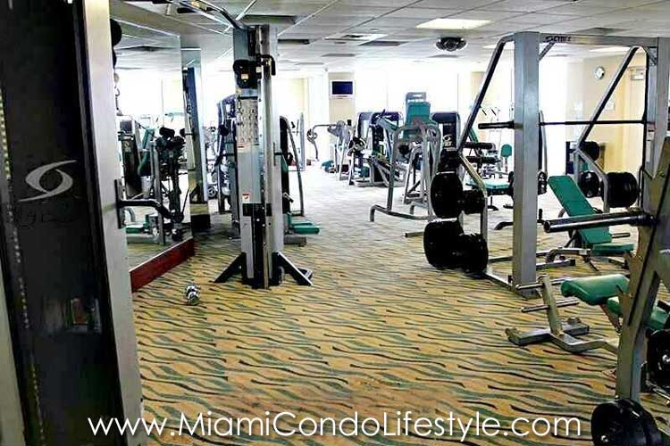 M Residences Marenas Resort Gimnasio