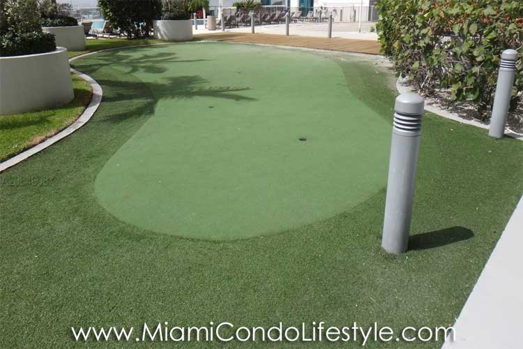 Marina Blue Putting Green