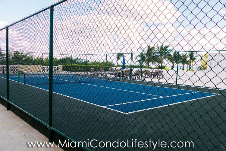 Oceanside Plaza Tenis