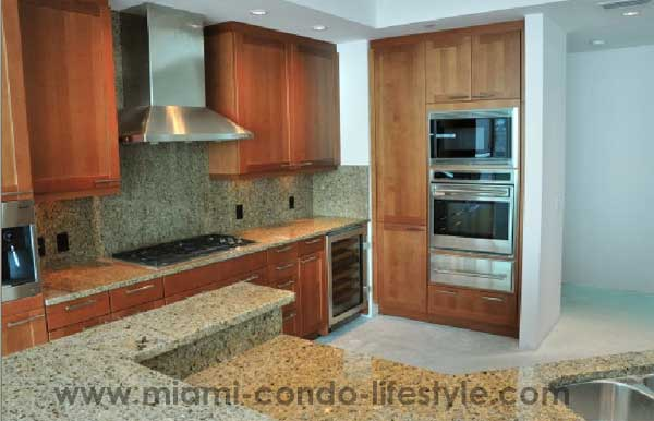 One Bal Harbour Kitchen