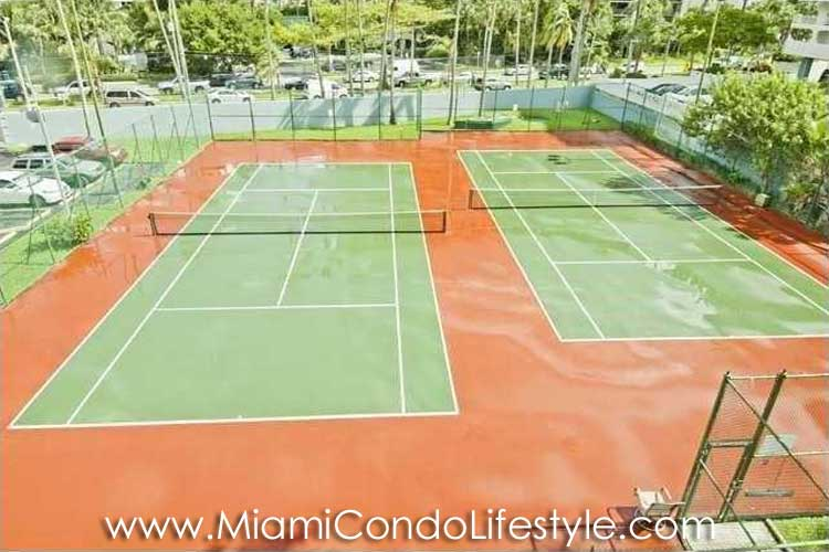 Palace on Brickell Tenis