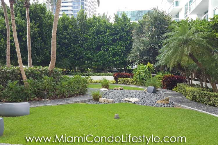 Plaza on Brickell Garden