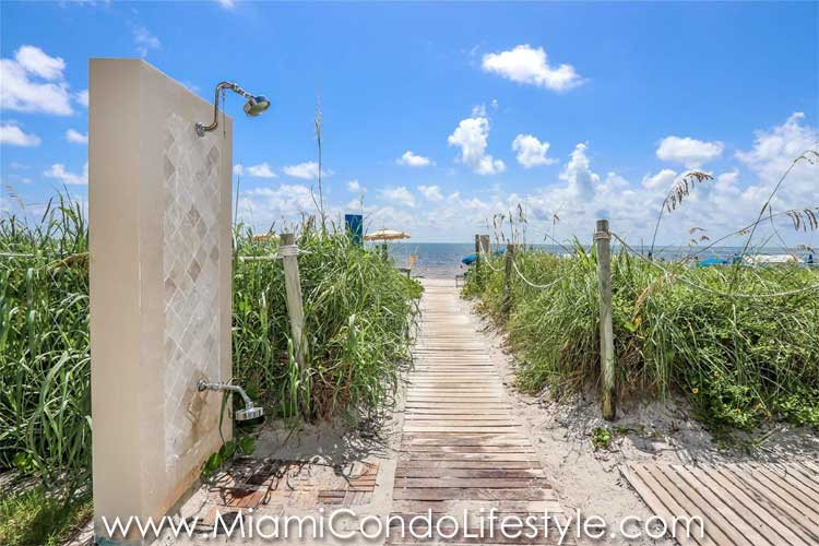 Ritz Carlton Key Biscayne Residences Playa