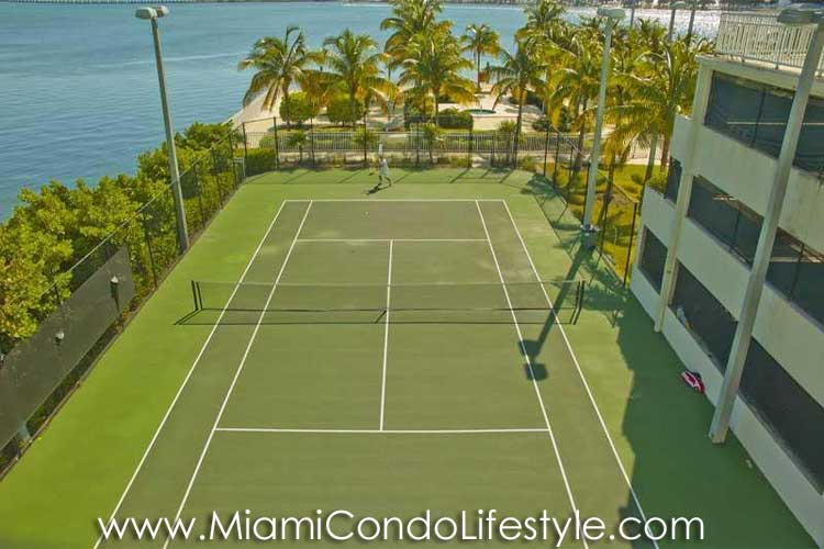 Skyline on Brickell Tennis