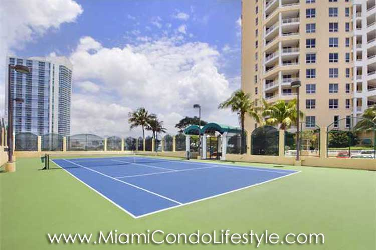 Three Tequesta Point Tenis