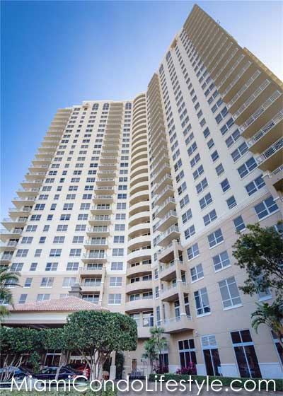 Turnberry on the Green, 19501 W. Country Club Dr, Aventura, Florida, 33180