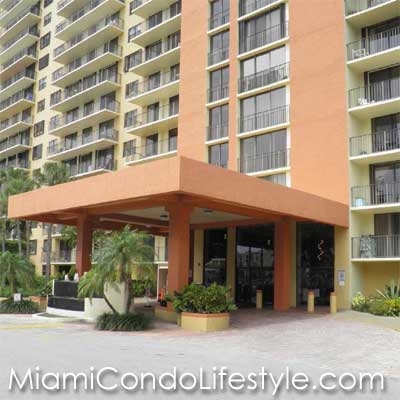 Winston Towers 700, 290 NE 174th Street, Sunny Isles Beach, Florida, 33160